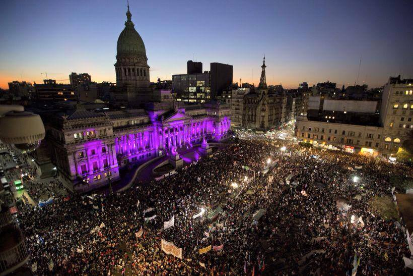 De Argentina a América Latina:#NiUnaMenos