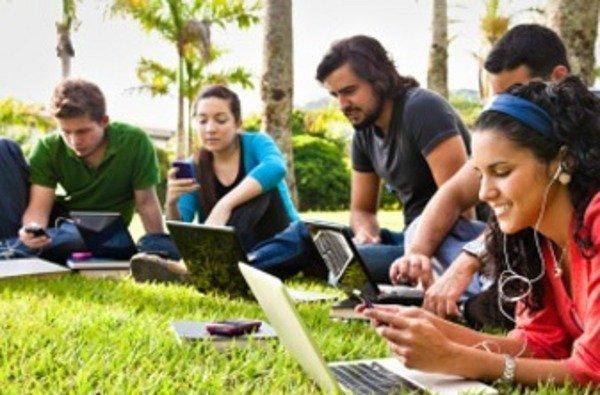 La brecha tecnológica de género en AméricaLatina