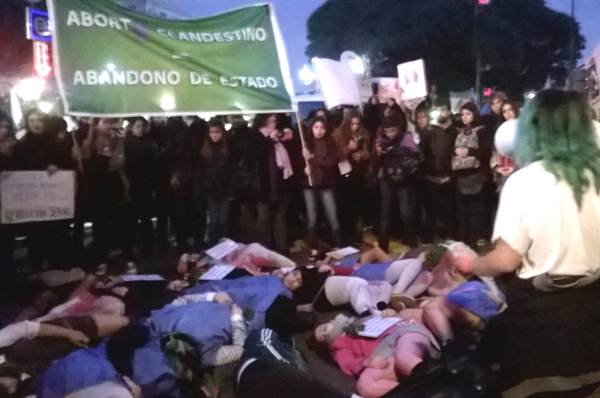 #NiUnaMenos: Aborto clandestino, abandono deEstado