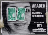 Papelitos de prostitución sobre la búsqueda de Araceli