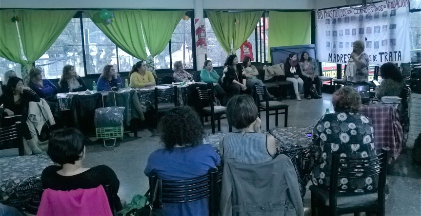 Debate: el Encuentro Nacional de Mujeres y elabolicionismo