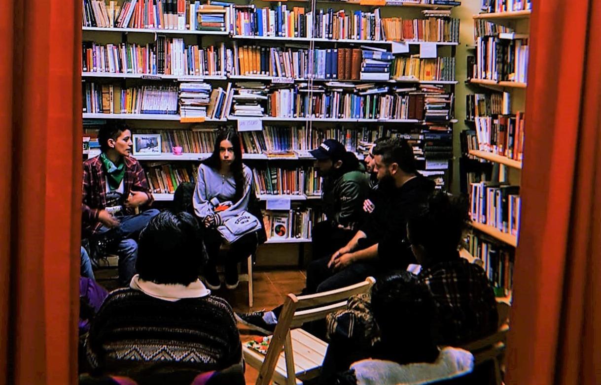 Debate biblioteca popular
