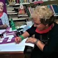 """Delia Escudilla presentó su libro """"Violación Consentida"""" en San Isidro"""